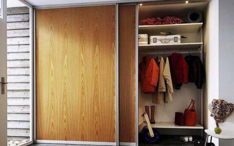 Двухдверный встроенный шкаф